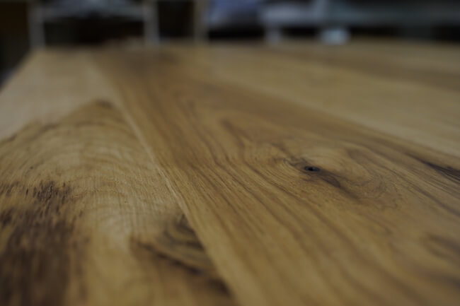 Hickory hardwood table top detail