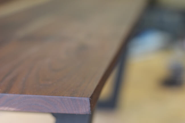 Walnut tabletop detailed picture